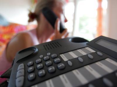 Das Bundeskabinett will gegen Telefon-Abzocke vorgehen.