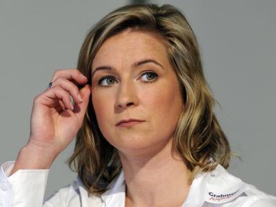 Eisschnellläuferin Claudia Pechstein ging bei einer Pressekonferenz in die Offensive.