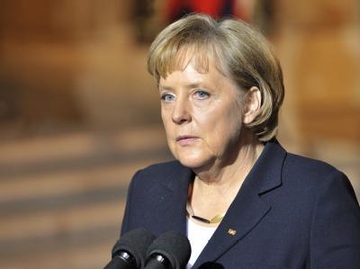 Angela Merkel am Mittwochabend nach einem Treffen mit Frankreichs Präsident Sarkozy in Paris.