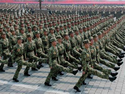 Soldaten der nordkoreanischen Armee bei einer Parade in Pjöngjang. (Archivbild)