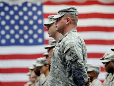 Make war not love: US-Soldaten vor der amerikanischen Nationalflagge (Archivfoto).