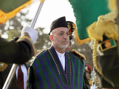 Afghanistans Präsident Karsai begrüßt die Forderung nach einer Aufstockung der Truppen.
