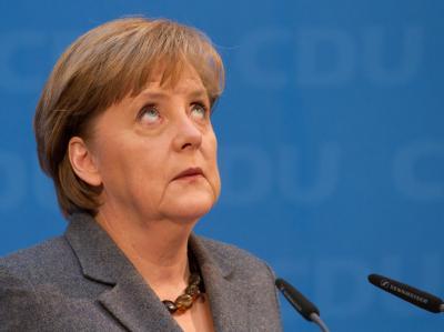 Bundeskanzlerin Angela Merkel mit ernster Miene: Die Union bricht in der Wählergunst ein.