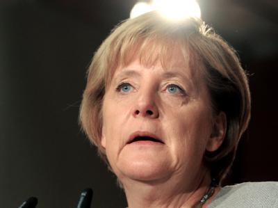 Kanzlerin Merkel (Archivbild) fordert die Freilassung der festgenommenen Reporter.