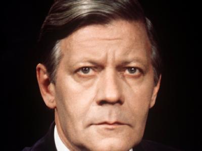 Der damalige Bundeskanzler Helmut Schmidt (SPD) im September 1976. Die zweite SPD/FDP-Regierung von Schmidt brauchte damals die Rekordzeit von 73 Tagen.
