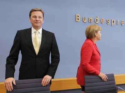 Bundeskanzlerin Angela Merkel und Bundesaußenminister Guido Westerwelle wollen allem Ärger zum Trotz noch keine getrennten Wege gehen.