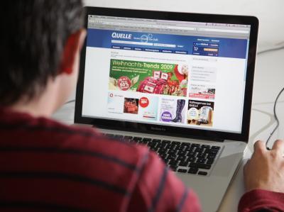 Im Internet hat der Ausverkauf des insolventen Warenhändlers Quelle begonnen. (Symbolbild)