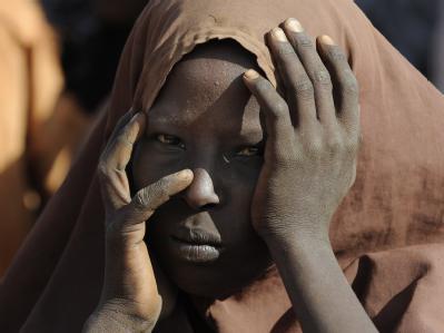 Nach Wochen der Flucht hat diese Frau das Flüchtlingslager Dadaab in Kenia erreicht.
