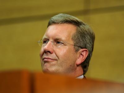 Niedersachsens Ministerpräsident Christian Wulff fordert eine ergebnisoffene Erkundung des Salzbergwerks in Gorleben.