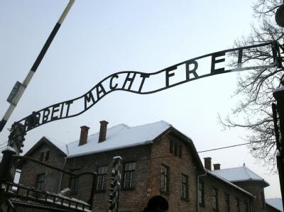 Auschwitz-Eingang