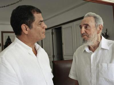 Fidel Castro im Gespräch mit Ecuadors Präsident Rafael Correa.