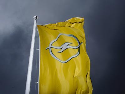 Die Zukunft des angeschlagenen Autobauers Opel ist weiter ungewiss.