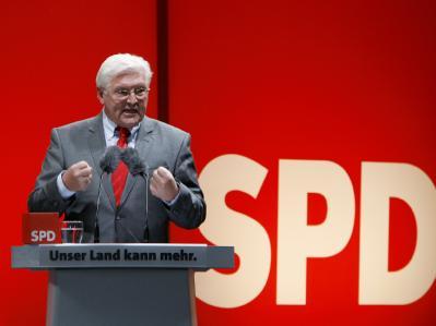 Frank-Walter Steinmeier hat daran erinnert, dass die SPD bei der Wahl fast 1,4 Millionen Wähler an Union und FDP verloren hat.