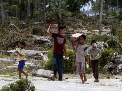 Nach dem Tsunami in Indonesien