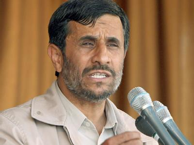 Ahmadinedschad ist in seinem Amt bestätigt worden.