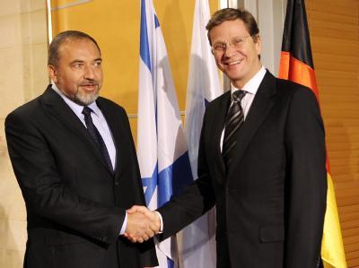 Guido Westerwelle bei einem Treffen mit seinem israelischen Amtskollegen Avigdor Lieberman.