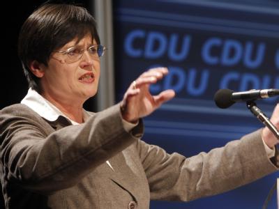Die designierte thüringische CDU-Ministerpräsidentin Christine Lieberknecht hat Widerstand angedroht.