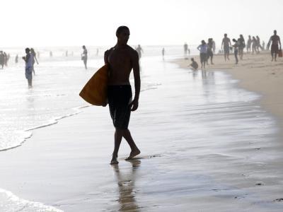 Strandbesucher müssen in Kalifornien künftig ohne Zigarette auskommen.