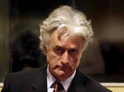 Der wegen Völkermordes angeklagte ehemalige bosnische Serbenführer Radovan Karadzic. (Archivfoto)