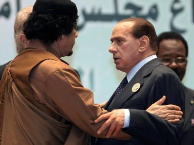 Libyens Revolutionsführer Gaddafi am Samstag im Gespräch mit Italiens Regierungschef Berlusconi.