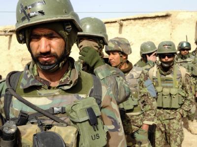 Afghanische Soldaten vor einem Einsatz in der Provinz Helmand. (Archivbild; Foto: SSGT Mark Jones/Handout Crown Copyright)