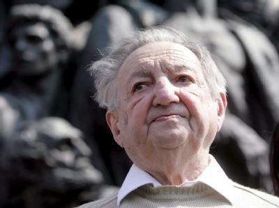 Marek Edelman ist gestorben. Edelman war der letzte lebende Anführer des Aufstands im Warschauer Ghetto.