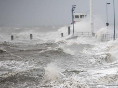 Ein schwerer Sturm hat  in Griechenland den Fährverkehr lahmgelegt. (Symbolbild)