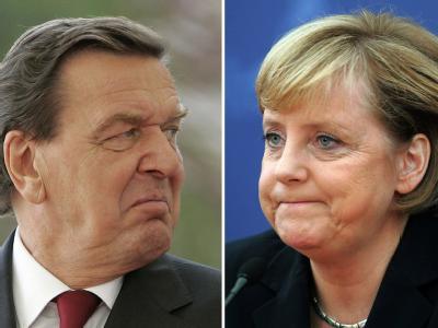 Altkanzler Gerhard Schröder (Archivfoto vom September 2005) und Bundeskanzlerin Angela Merkel (Foto vom Juli 2006).