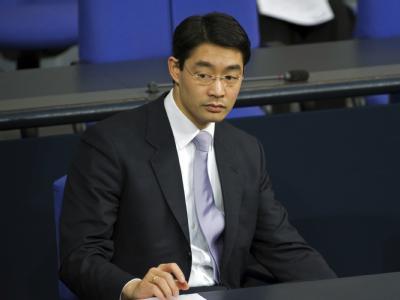 Bundesgesundheitsminister Philipp Rösler (FDP) auf der Regierungsbank im Bundestag.