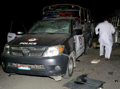 Erneut ist es in der nordwest-pakistanischen Stadt Peshawar zu Kämpfen mit Islamisten gekommen.