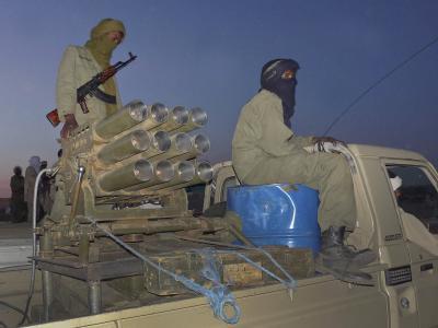 Tuareg-Rebellen im Norden Malis. Nun soll in der Region ein neuer islamischer Staates gegründet werden. Foto: epa/str/Archiv