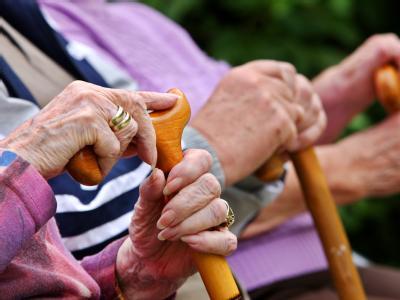 Deutschlands Rentner müssen sich in diesem Jahr auf eine Nullrunde einstellen.