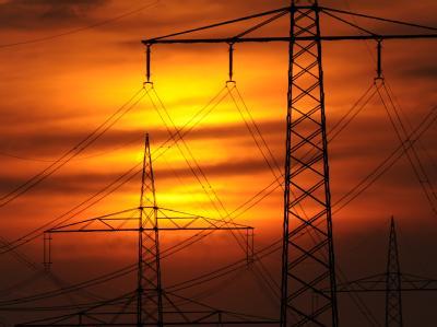 Gegner der Energiewende warnen gern vor der Blackout-Gefahr. Nun könnte die Lage im Winter tatsächlich ernst werden. Foto: Marius Becker