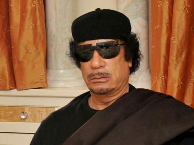 Gaddafi Ende Mai während eines Treffens mit Südafrikas Präsidenten Zuma.