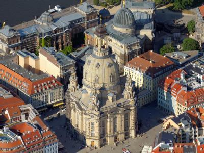 Blick auf die Dresdner Frauenkirche.