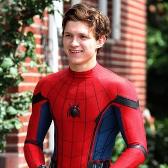 Der Superheld soll in weiteren Spin-off-Filmen auftauchen. Fans dürfen sich auf einen gemeinsamen Streifen mit anderen Comicfiguren freuen.