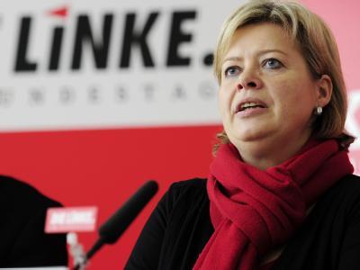 Rot-Rot-Grün in Düsseldorf? Gesine Lötzsch ist sich sicher: SPD-Chef Gabriel wisse «politische Realitäten entsprechend zu bewerten».
