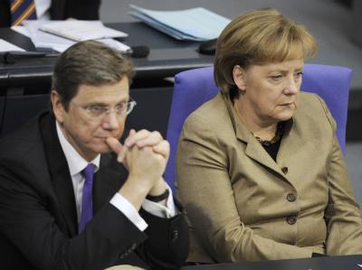 Ernste Mienen auf der Regierungsbank: Die schwarz-gelbe Koalition kommt nicht aus ihrem Stimmungstief heraus.