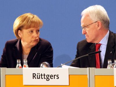 Kanzlerin Merkel Anfang der Woche zusammen mit dem Ministerpräsidenten von Nordrhein-Westfalen, Rüttgers.