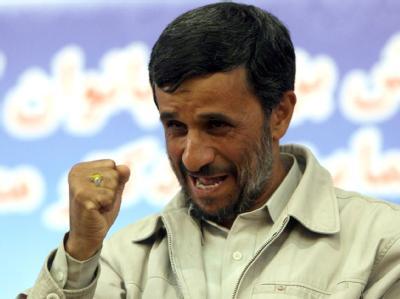 Irans Präsident Ahmadinedschad im Juni 2009 während einer Wahlkampfveranstaltung in Teheran.