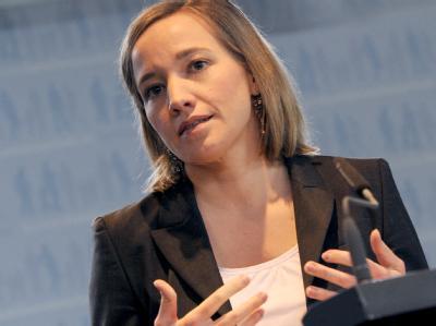Großunternehmen mit Bundesbeteiligung sollen nach den Vorstellungen von Familienministerin Schröder in Sachen Frauenförderung vorangehen. Foto: Rainer Jensen