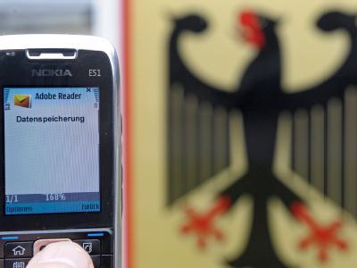 Das Bundesverfassungsgericht beschränkt die Verwendung von Telekommunikationsdaten. Foto: Ronald Wittek/Symbolbild