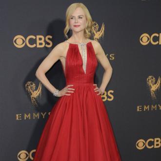 Die Schauspielerin sahnte gerade einen Emmy für ihre Darstellung als missbrauchte Ehefrau ab. Nun soll sie im Visier der 'Sex and the City'-Produzenten sein...