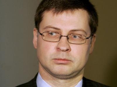 Ernste Miene: Lettlands Ministerpräsident Valdis Dombrovskis.