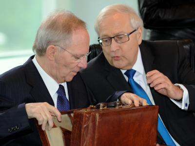 Bundesfinanzminister Schäuble (CDU) und Bundeswirtschaftsminister Rainer Brüderle (FDP).