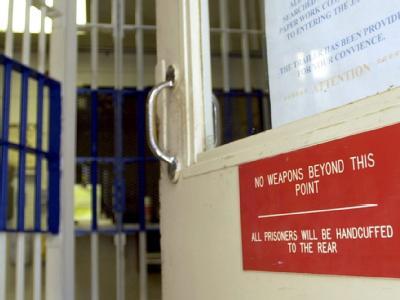 Eingangsbereich eines US-Gefängnisses: Die «West Memphis Three» sind wieder frei.