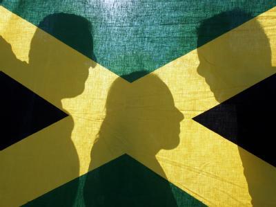 Im Saarland stimmen die Parteien über die Bildung der bundesweit ersten «Jamaika»-Koalition ab.