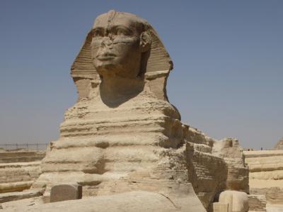 Die Sphinx vor den Pyramiden von Gizeh. Die Bundesregierung hat eine Reisewarnung für ganz Ägypten ausgesprochen.