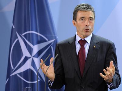 Nach Ansicht von NATO-Generalsekretär Rasmussen müssen die Verbündeten der USA mindestens 5000 zusätzliche Soldaten schicken.