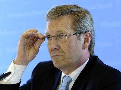 Niedersachsens Ministerpräsident Wulff (CDU) befürwortet die angekündigten Sondierungsgespräche der SPD mit der NRW-CDU.